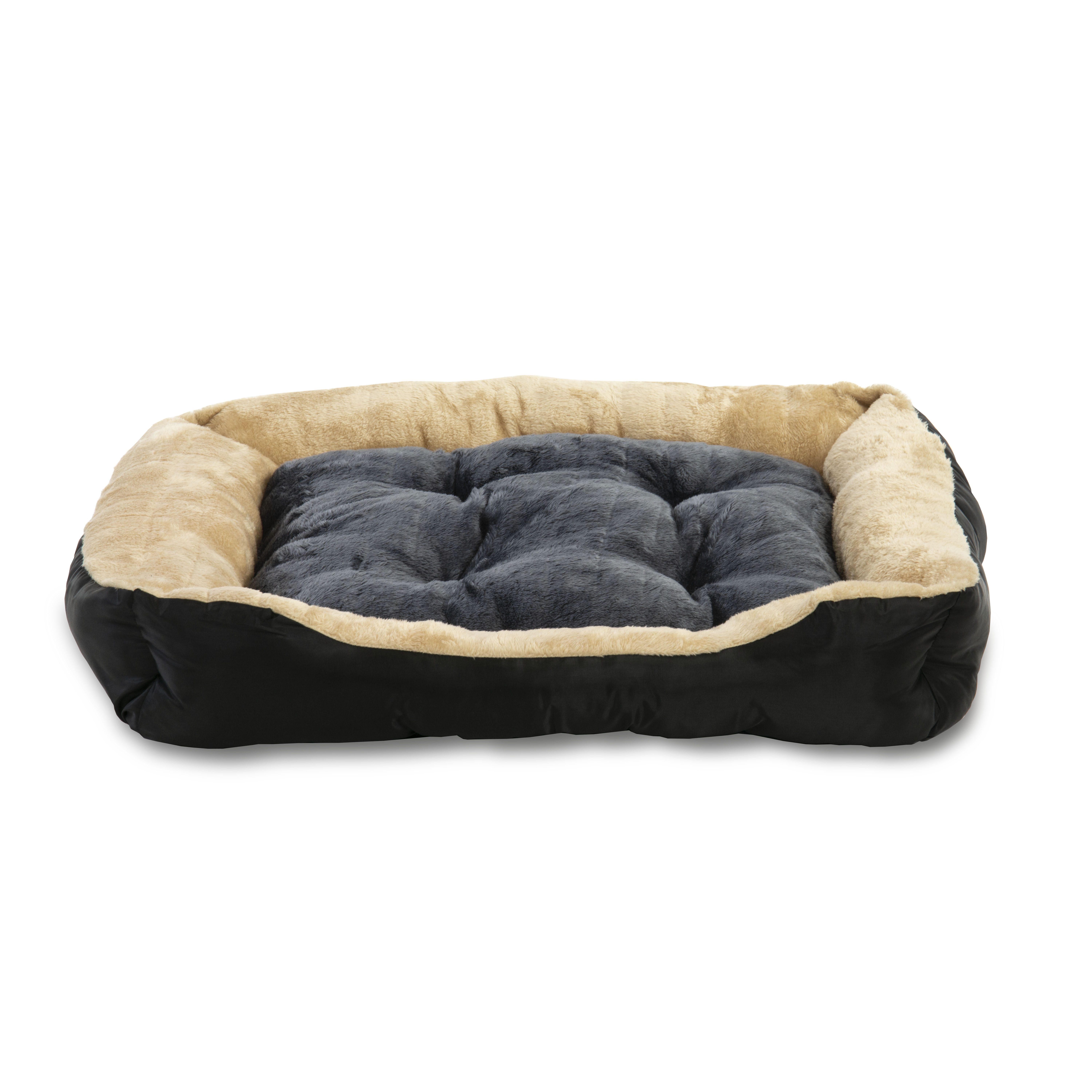 Picture of: Alphapet Large 6 Panel Heavy Duty Pet Dog Puppy Play Pen Whelping Enclosure Including Base Fleece Bed Available In 3 Sizes Alphapet